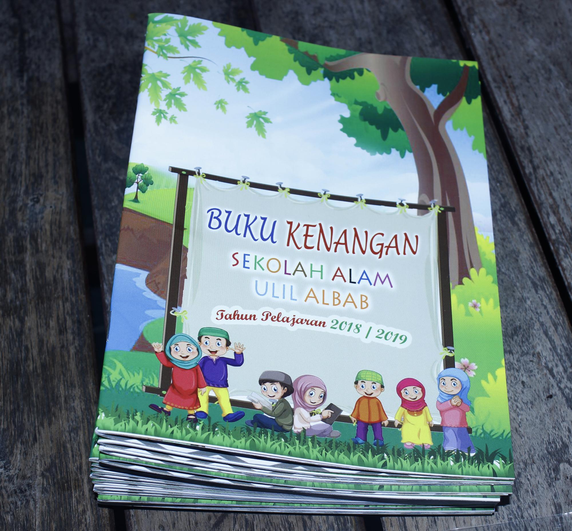 buku kenangan