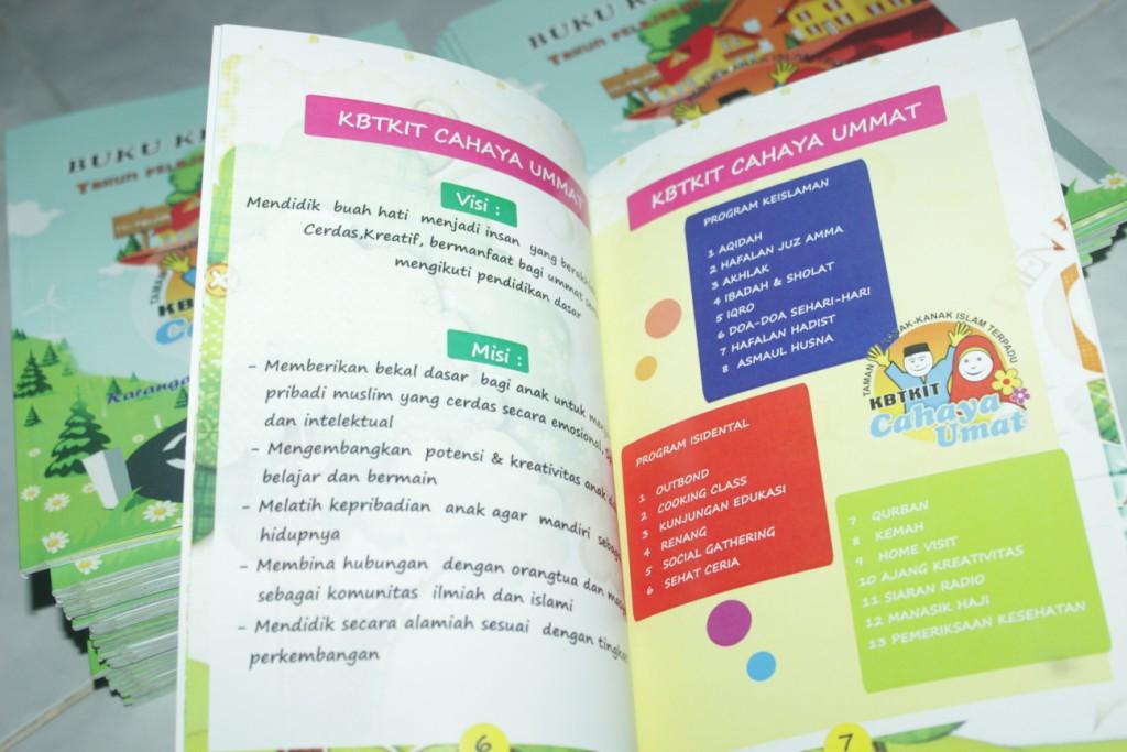cetak buku kenangan sekolah